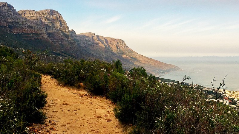 Hike routes up Table Mountain Pipe Track